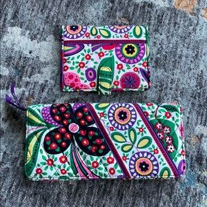 Vera Bradley set extra large wallet/ small
